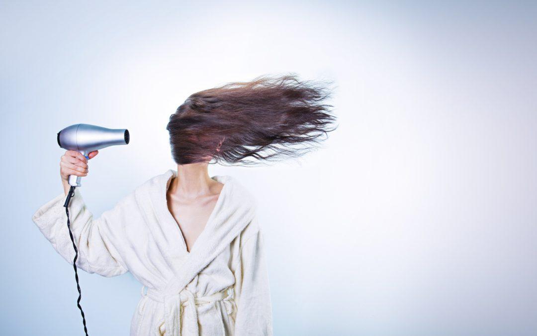 Erste Hilfe gegen trockenes Haar